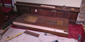 Refurbishment of the Byron tomb cover